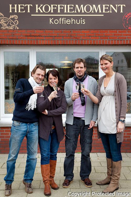 371217-Samenwerking tussen Het koffiemoment en Belgium Bubbles-Olivier Sonck, Kristien Dieltiens, Hans Forceville en Dandois Gaëlle