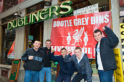 MADRID, SPAIN - Wednesday, October 22, 2008: Liverpool supporters from Bootle outside the Dubliners Irish pub in Madrid ahead of the UEFA Champions League Group D match against Club Atletico de Madrid. (Photo by David Rawcliffe/Propaganda)
