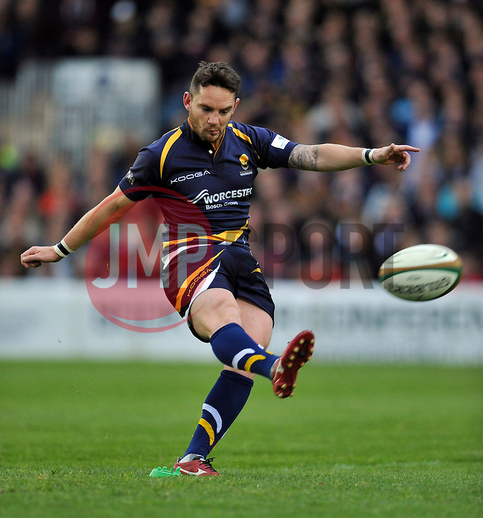 Ryan Lamb of Worcester Warriors kicks for the posts - Photo mandatory by-line: Patrick Khachfe/JMP - Mobile: 07966 386802 27/05/2015 - SPORT - RUGBY UNION - Worcester - Sixways Stadium - Worcester Warriors v Bristol Rugby - Greene King IPA Championship Play-off Final (Second leg)