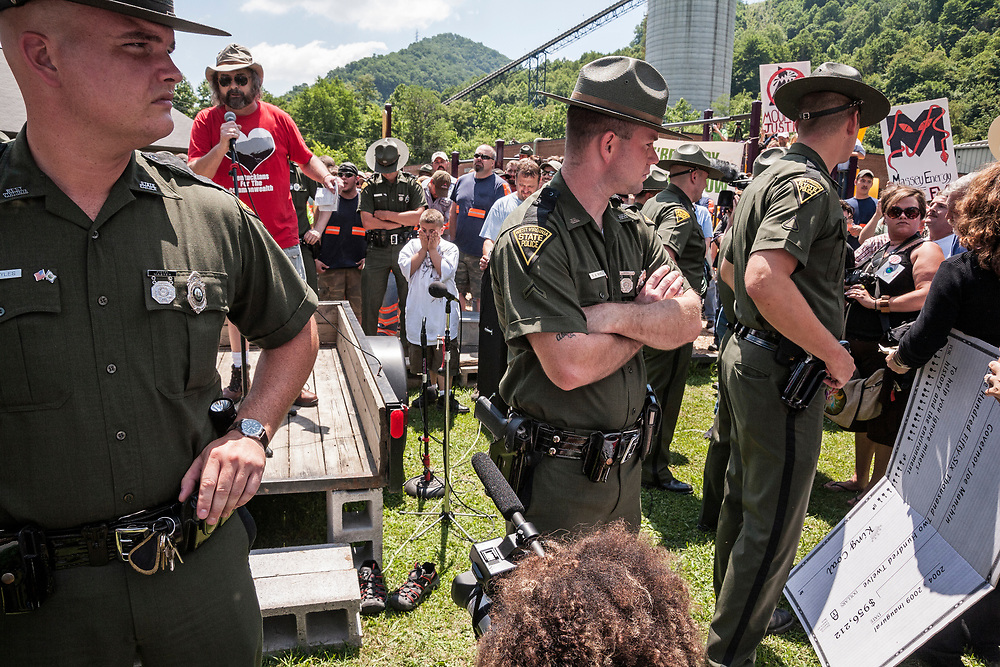 Mountaintop Removal Protest, Marsh Fork Elementary