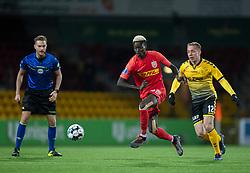 Mohammed Diomande (FC Nordsjælland) følges af Rune Frantsen (AC Horsens) under kampen i 3F Superligaen mellem FC Nordsjælland og AC Horsens den 19. februar 2020 i Right to Dream Park, Farum (Foto: Claus Birch).