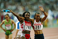 Athletics, 26. august 2003, VM Paris, World Championship in Athletics,   Kelly Holm, Great Britain, and Maria Mutola, 800 metres