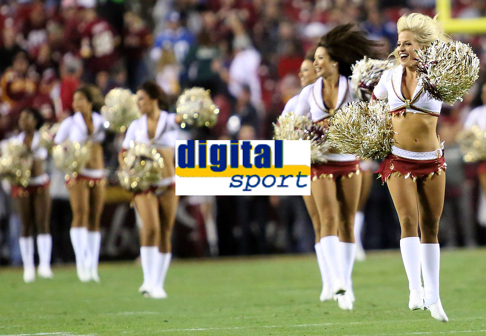 September 25, 2014: Washington Redskins cheerleaders perform during a match between the Washington Redskins and the New York Giants at FedEx Field in Landover, Maryland. NFL American Football Herren USA SEP 25 Giants at Redskins PUBLICATIONxINxGERxSUIxAUTxHUNxRUSxSWExNORxONLY Icon140925109<br /> <br /> September 25 2014 Washington Redskins Cheerleaders Perform during A Match between The Washington Redskins and The New York Giants AT FedEx Field in Landover Maryland NFL American Football men USA Sep 25 Giants AT Redskins PUBLICATIONxINxGERxSUIxAUTxHUNxRUSxSWExNORxONLY