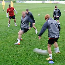 27.05.2010, Stadion, St. Lamprecht, AUT, FIFA Worldcup Vorbereitung, Training Neuseeland, im Bild die Mannschaft, Ryan Nelson, EXPA Pictures © 2010, PhotoCredit: EXPA/ S. Zangrando / SPORTIDA PHOTO AGENCY