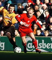 Fotball<br /> Liverpool v Wolves<br /> 29. mars 2004<br /> Foto: Digitalsport<br /> Norway Only<br /> Danny Murphy, Liverpool, Lee Naylor, Wolves