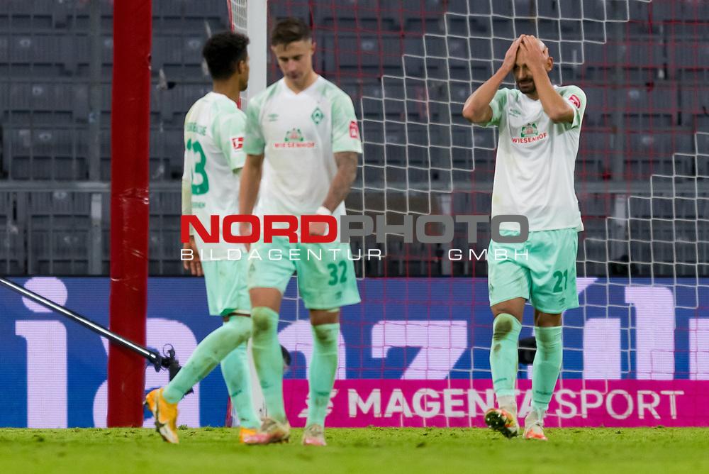 21.11.2020, Allianz Arena, Muenchen, GER,  FC Bayern Muenchen SV Werder Bremen <br /> <br /> <br />  im Bild Marco Friedl (SV Werder Bremen #32) Oemer Toprak (SV Werder Bremen #21) nach dem Spiel<br /> <br /> <br /> <br /> Foto © nordphoto / Straubmeier / Pool/ <br /> <br /> DFL regulations prohibit any use of photographs as image sequences and / or quasi-video.