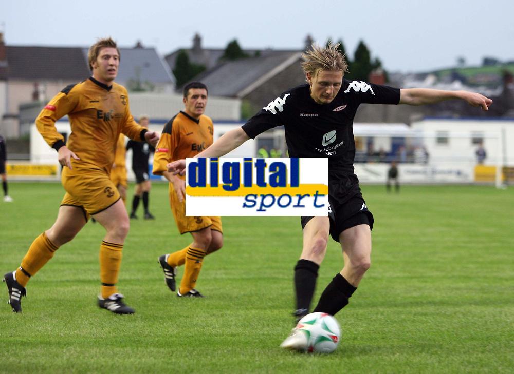 Photo: Rich Eaton.<br /> <br /> Carmarthen Town v SK Brann. UEFA Cup Qualifying. 19/07/2007. SK Brann's Erik Huseklepp shoots in the second half.