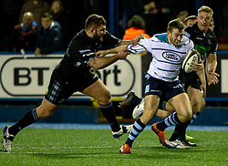 Garyn Smith of Cardiff Blues under pressure from Jamie Bhatti of Glasgow Warriors<br /> <br /> Photographer Simon King/Replay Images<br /> <br /> Guinness PRO14 Round 15 - Cardiff Blues v Glasgow Warriors - Saturday 16th February 2019 - Cardiff Arms Park - Cardiff<br /> <br /> World Copyright © Replay Images . All rights reserved. info@replayimages.co.uk - http://replayimages.co.uk