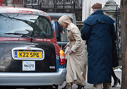 © Licensed to London News Pictures. 09/02/2012. London, UK. Heather Mills (centre) getting in to a taxi as she leaves the Royal Courts of Justice on February 9th, 2012 after giving evidence at the Leveson Inquiry in to press standards.. Photo credit : Ben Cawthra/LNP