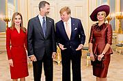 Bezoek van Koning Felipe VI en Koningin Letizia van Spanje aan Nederland.<br /> <br /> Visit of King Felipe VI and Queen Letizia of Spain to the Netherlands.<br /> <br /> Op de foto / On the Photo: Audiëntie op Paleis Noordeinde metKoning Felipe VI en Koningin Letizia van Spanje en Koning Willem Alexander en koningin Maxima  ////  Audience at Noordeinde Palace with King Felipe VI and Queen Letizia of Spain and King Willem Alexander and Maxima queen