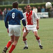 BFC - Ajax oud spelers, Johnny van 't Schip voetballend