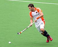 MELBOURNE -  Rogier Hofman tijdens de hockeywedstrijd tussen de mannen van Nederland en Belgie (5-4) bij de Champions Trophy hockey in Melbourne. ANP KOEN SUYK