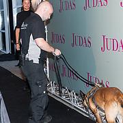 NLD/Amsterdam/20180920 - Premiere Judas, Beveiligingshond