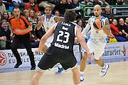 DESCRIZIONE : Eurolega Euroleague 2014/15 Gir.A Dinamo Banco di Sardegna Sassari - Real Madrid<br /> GIOCATORE : David Logan<br /> CATEGORIA : Palleggio Contropiede<br /> SQUADRA : Dinamo Banco di Sardegna Sassari<br /> EVENTO : Eurolega Euroleague 2014/2015<br /> GARA : Dinamo Banco di Sardegna Sassari - Real Madrid<br /> DATA : 12/12/2014<br /> SPORT : Pallacanestro <br /> AUTORE : Agenzia Ciamillo-Castoria / Luigi Canu<br /> Galleria : Eurolega Euroleague 2014/2015<br /> Fotonotizia : Eurolega Euroleague 2014/15 Gir.A Dinamo Banco di Sardegna Sassari - Real Madrid<br /> Predefinita :