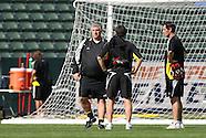 2008.11.22 MLS: Columbus Training