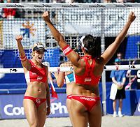 Volleyball, Sandvolleyball, World Tour Stavanger, Grand Slam, 29/06-05,<br />Ingrid Tørlen jubler mot Nila Håkedal,<br />Foto: Sigbjørn Andreas Hofsmo, Digitalsport