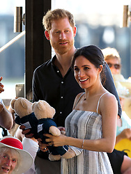 The Duke of Sussex and Duchess of Sussex meet well wishers at Kingfisher Bay on Fraser Island, Australia.<br /><br />22 October 2018.<br /><br />Please byline: Vantagenews.com