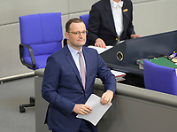 DEU, Deutschland, Germany, Berlin, 01.10.2020: Bundesgesundheitsminister Jens Spahn (CDU) vor seiner Rede während der Haushaltsdebatte im Plenarsaal des Deutschen Bundestags.