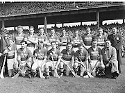 179/2528-2533..19 April 1953.National Hurling League Final.-Senior Hurling Tipperary Team in Croke Park...