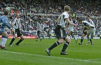 Photo: Andrew Unwin.<br />Newcastle United v Tottenham Hotspur. The Barclays Premiership. 01/04/2006.<br />Tottenham's Robbie Keane (R) scores his team's first goal.