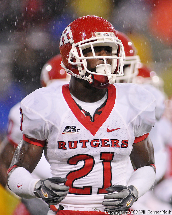 Oct 23, 2009; West Point, N.Y., USA; Rutgers cornerback Devin Mccourty (21) during Rutgers' 27 - 10 victory over Army at Michie Stadium.