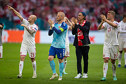 AMSTERDAM, THE NETHERLANDS - Saturday, June 26, 2021: Denmark's Nicolai Boilesen and goalkeeper Kasper Schmeichel celebrate after the UEFA Euro 2020 Round of 16 match between Wales and Denmark at the Amsterdam Arena. Denmark won 4-0. (Photo by David Rawcliffe/Propaganda)
