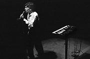 Nederland, Nijmegen, 16-6-1983 Live optreden van singer songwriter en toetsenist Steve Winwood in concertgebouw de Vereeniging.Foto: Flip Franssen