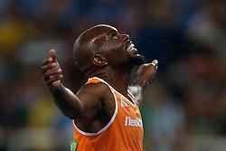 18-08-2016 BRA: Olympic Games day 13, Rio de Janeiro<br /> 200 meter finale , Churandy Martina wordt vijfde en komt  1 honderdste tekort voor brons