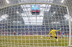 26.02.2011, Veltins Arena, Gelsenkirchen, GER, 1.FBL, FC Schalke 04 vs 1. FC Nuernberg, im Bild Raul Gonzalez (Schalke ESP #7), rechts hinten, schießt das 1:1 Ausgleichstor, Raphael Schäfer / Schaefer (1. FC Nürnberg GER #1), Mitte, kann den Ball nicht halten, aufgenommen mit Hintertor-Kamera, EXPA Pictures © 2011, PhotoCredit: EXPA/ nph/  Scholz       ****** out of GER / SWE / CRO  / BEL ******