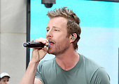 """Dierks Bentley Performs On NBC's """"Today"""""""