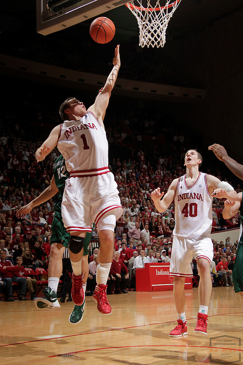 04 December 2011: Indiana Guard Jordan Hulls (1)  as the Indiana Hoosiers played the Stetson Hatters in a college basketball game in Bloomington, Ind.