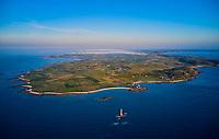 France, Manche (50), Cotentin, Cap de la Hague, pointe du Cotentin et le phare de Goury // France, Normandy, Manche department, Cotentin, Cap de la Hague, tip of Cotentin and Goury lighthouse