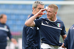 12.06.2012, Staedtisches Stadion, Posen, POL, UEFA EURO 2012, Italien, Training, im Bild  IGNAZIO ABATE ROZBITA GLOWA KREW during the during EURO 2012 Trainingssession of Italy national team, at the SMunicipal Stadium in Poznan, Poland on 2012/06/13