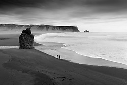Tourists near Lagey in Myrdalur, Iceland - Ferðamenn við Lágey