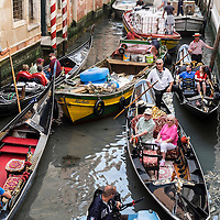 Life in Venice, Italy, Photo and pictures showing daily life on the lagoon