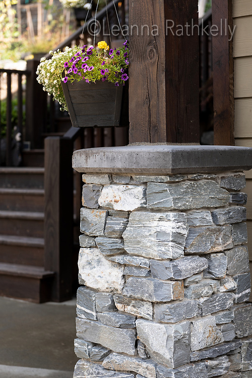 Stonecrest Masonry crafts fireplaces, pillars and walls from natural stone.
