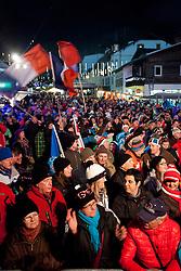 23.01.2012, Planai, Schladming, AUT, FIS Alpin Ski Weltcup, Slalom Herren, Startnummernauslosung, im Bild Fans // Fans during the startnumber drawing during the FIS World Cup Alpine Skiing at the 'Planai', Schladming, Austria on 2012/01/23, EXPA Pictures © 2012, PhotoCredit: EXPA/ Erwin Scheriau