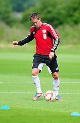Bristol City's Neil Kilkenny - Photo mandatory by-line: Dougie Allward/JMP - Tel: Mobile: 07966 386802 27/06/2013 - SPORT - FOOTBALL - Bristol -  Bristol City - Pre Season Training - Npower League One