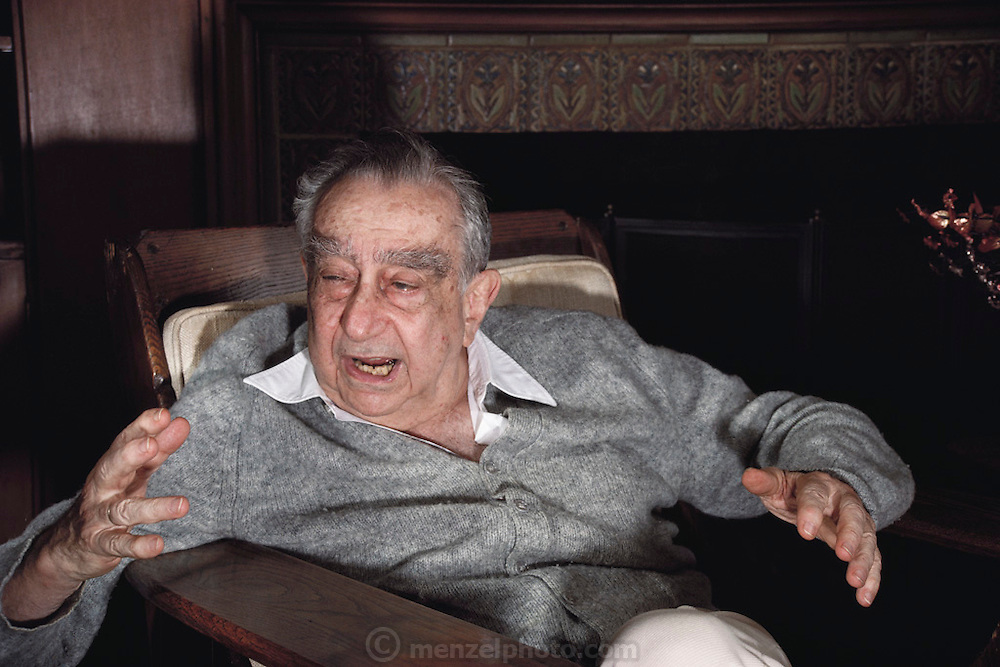 """Hungarian-born American physicist Edward Teller, who is best known as """"the father of the hydrogen bomb"""". Seen here at his home in Stanford, California. Born in 1908, he obtained his Ph.D. at the University of Leipzig. He left Europe in the 1930s because of the Nazi threat. During World War II he worked at Los Alamos on the development of the atom bomb. In the late 1940s & early 1950s he championed development of the H-bomb & achieved the crucial technical breakthrough that made the bomb possible. The first H-bomb was exploded in the South Pacific in 1952. MODEL RELEASED.Teller died in Stanford, California on September 9, 2003. (Photograph, 1988)"""