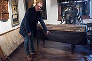Arthur Brand  (Deventer, 1969) laat de kist zien waar zich in 2005 voor sluitingstijd kunstdieven verstopten die 's nachts schilderijen van oa Floris van Schooten en  Jacob Waben uit het Westfries Museum in Hoorn stolen. Brand haalde meerdere van de gestolen schilderijen terug uit Oekraïne. Arthur Brand is een Nederlandse  kunstroofexpert. Hoorn, Nederland, 15 april 2019.<br /> Arthur Brand (Deventer, 1969) shows the chest where art thieves hid before closing time in 2005, to steal paintings by Floris van Schooten and Jacob Waben from the Westfries Museum in Hoorn at night. Brand recovered several of the stolen paintings from Ukraine. Arthur Brand is a Dutch art theft expert. Hoorn, the Netherlands, April 15, 2019.