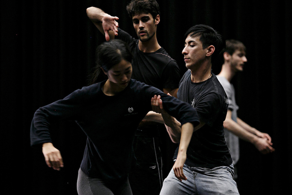 Peter Chu working with his students | NDT SUMMERINTENSIVE