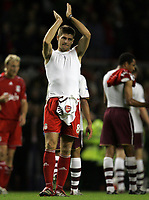 Photo: Paul Thomas.<br /> Liverpool v Arsenal. The FA Barclays Premiership. 28/10/2007.<br /> <br /> Dejected Steven Gerrard of Liverpool thanks the crowd.