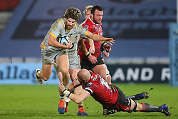 Michael Le Bourgeois of Wasps is tackled by Matt Garvey of Gloucester Rugby - Mandatory by-line: Nick Browning/JMP - 28/11/2020 - RUGBY - Kingsholm - Gloucester, England - Gloucester Rugby v Wasps - Gallagher Premiership Rugby