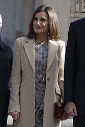 November 19, 2018 - Madrid, Spain - Queen Letizia of Spain arrives at the inaugural act of the bicentennial of the Prado Museum on November 19, 2018 in Madrid, Spain  (Credit Image: © Oscar Gonzalez/NurPhoto via ZUMA Press)