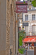 Brasserie, bar a vin, wine bar. Beaune, cote de Beaune, d'Or, Burgundy, France