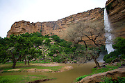 Waterfalls formed during the rainy season drop from the Bandiagara Escarpment cliff permitting tourists to cool off from the hiking. The Dogon Country is the most visited part of Mali with tourists visiting its tipical  villages that can be located on the cliff, on the sandy plain or in the rocky plateau