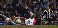Photo: Greig Cowie<br />Barclaycard Premiership, Leeds v Newcastle, 21/02/2002<br />Kieron Dyer goes close again as Paul Robinson and Michael Dubbery stare dispairingly at the ball