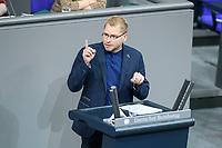04 NOV 2020, BERLIN/GERMANY:<br /> Lorenz Goesta Beutin, MdB, Die Linke, spricht waehrend einer Debatte zur Klimaschutz-Politik, Plenum, Reichstagsgebaeude, Deutscher Bundestag<br /> IMAGE: 20201104-01-012<br /> KEYWORDS: Rede, Speech, Lorenz Gösta Beutin