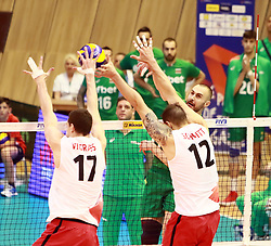 June 16, 2018 - Varna, Bulgaria - from left Graham VIGRASS (Canada), Gavin SCHMITT (Canada), Valentin BRATOEV (Bulgaria), .mens Volleyball Nations League,week 4, Bulgaria vs Canada, Palace of culture and sport, Varna/Bulgaria, June 16, 2018, the fourth of 5 weekends of the preliminary lap in the new established mens Volleyball Nationas League takes place in Varna/Bulgaria. (Credit Image: © Wolfgang Fehrmann via ZUMA Wire)