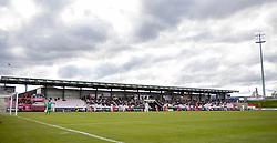 Hovedtribunen under kampen i 1. Division mellem FC Fredericia og FC Helsingør den 4. oktober 2020 på Monjasa Park i Fredericia (Foto: Claus Birch).
